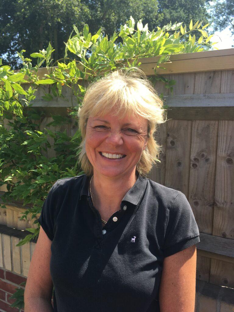 Lizzie Neville - doula umierania pracująca wWielkiej Brytanii