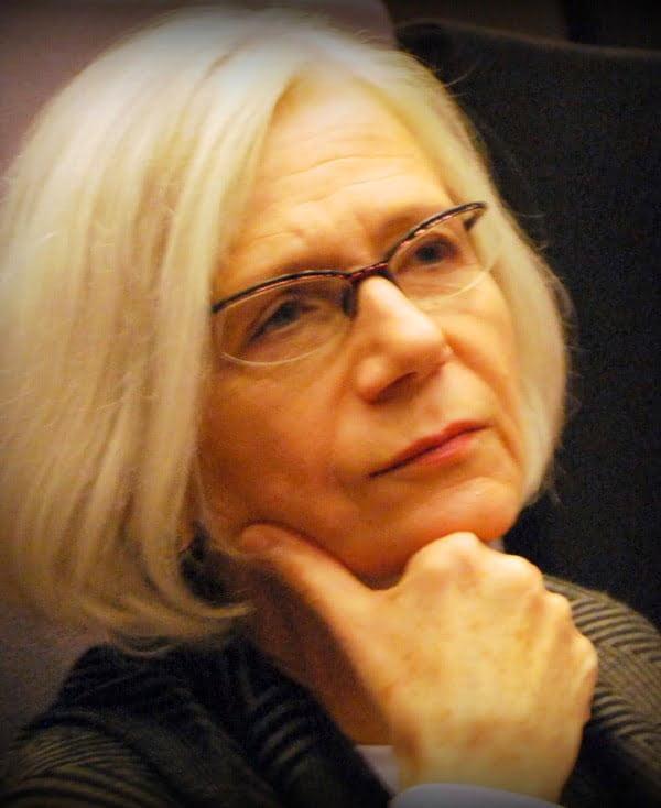 Anna E. Kubiak